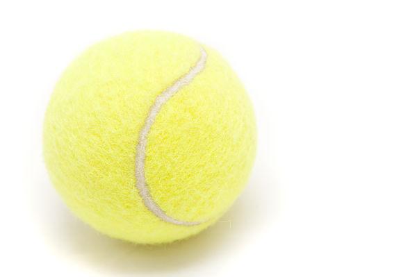 Теннисный шарик для миофасциального релиза