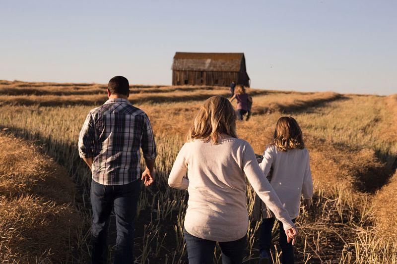 Дружная семья путешествует